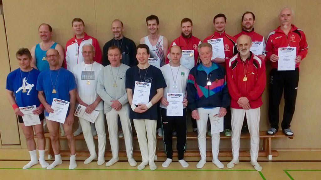Gruppenfoto mit allen Teilnehmern